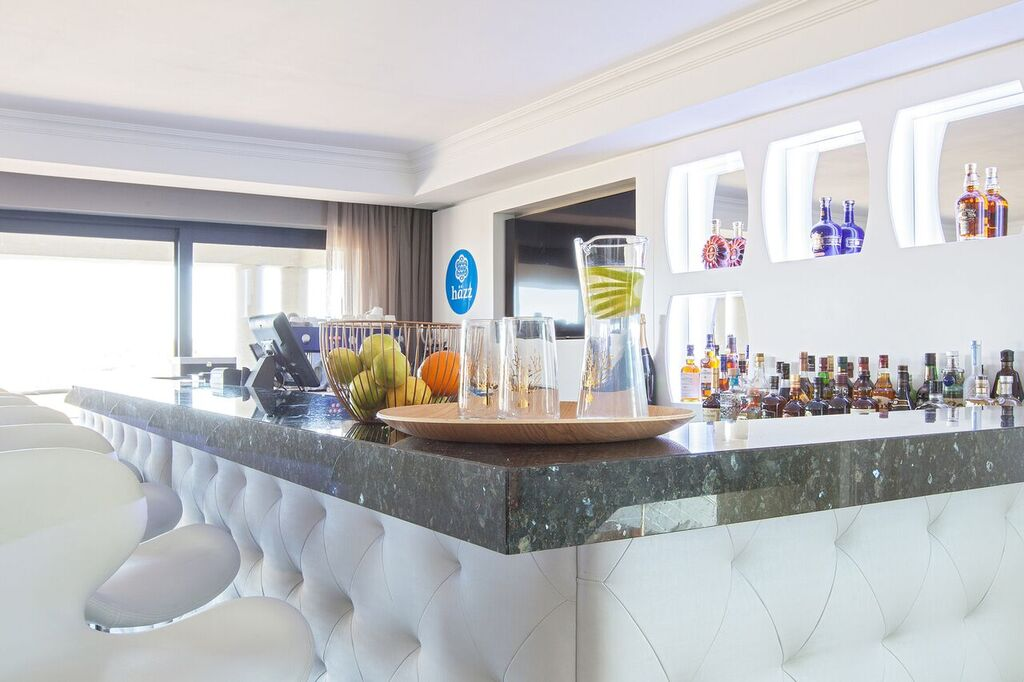 blissboutiquehotel-cocktail-bar